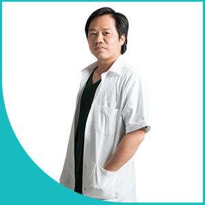 bác sĩ Thái Khắc Vinh