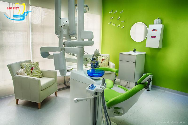 Làm răng giả implant an toàn và hiệu quả tại nha khoa Lạc Việt